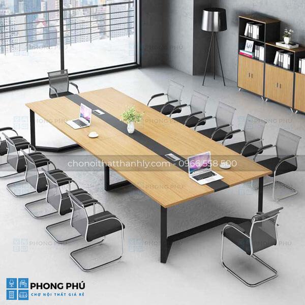 Tham khảo một số ưu điểm, tính năng nổi bật của dòng bàn họp chân sắt giá rẻ - 1